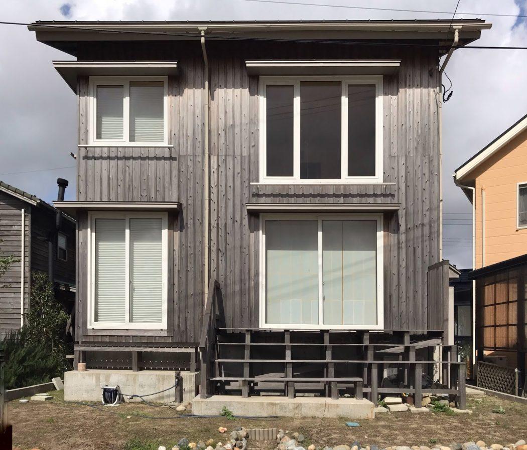 【お客様の家】築2年半の杉板外壁の経年変化〈T様邸〉