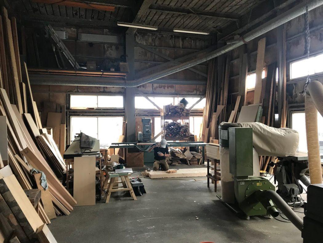 【職人技】造作ラックDテーブル製作開始!「阿部仏壇製作所さん見学。」
