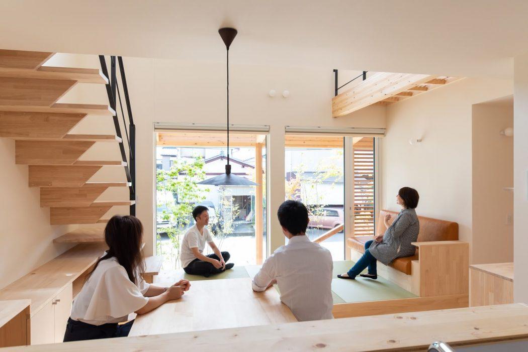 【秘訣】家を広く使う秘訣は「複数の居場所を設ける」こと。-case.網川原のエスネル-