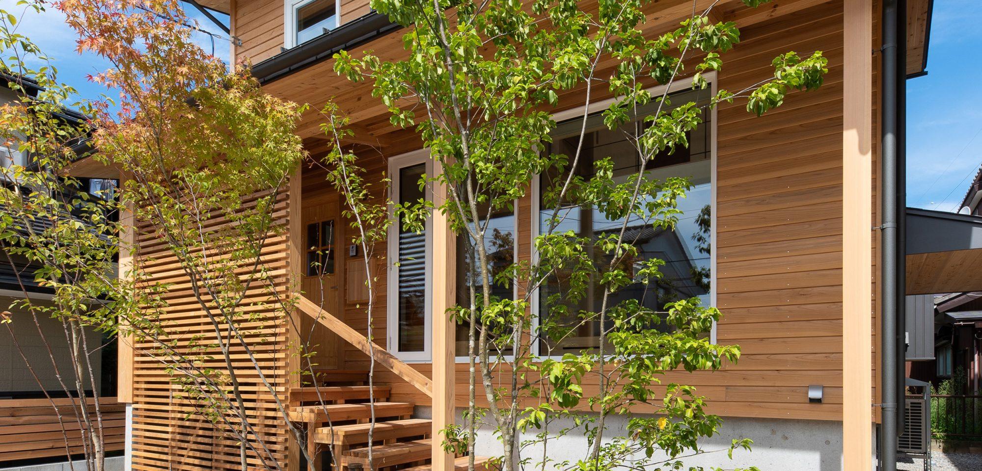 超高断熱の小さな木の家
