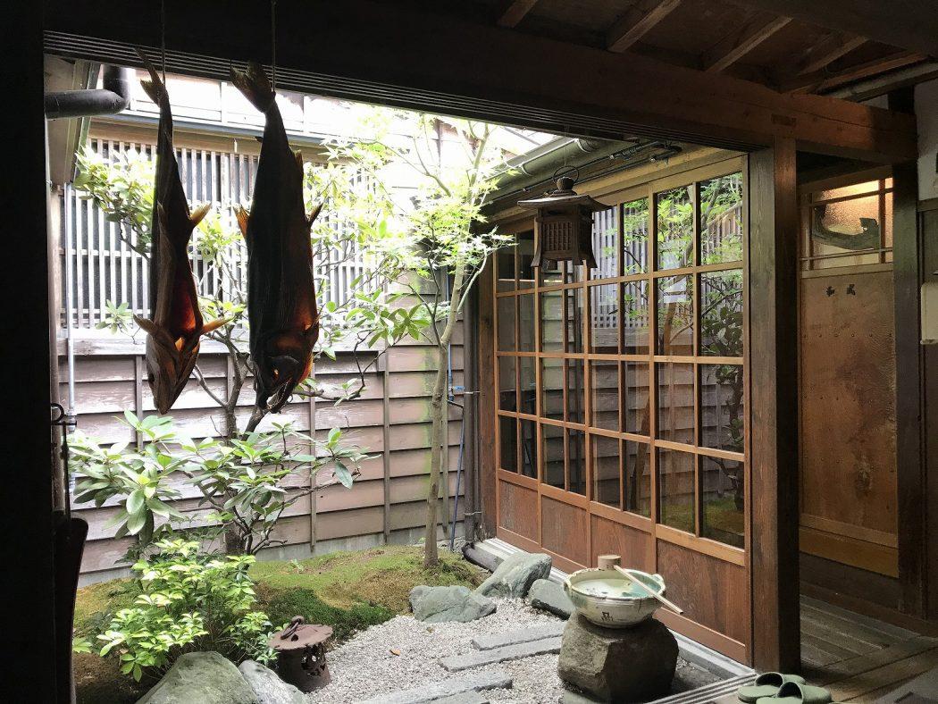 新潟観光大使。89『村上市「千年鮭 きっかわ」さん』坪庭の魅力と「N cedar project」
