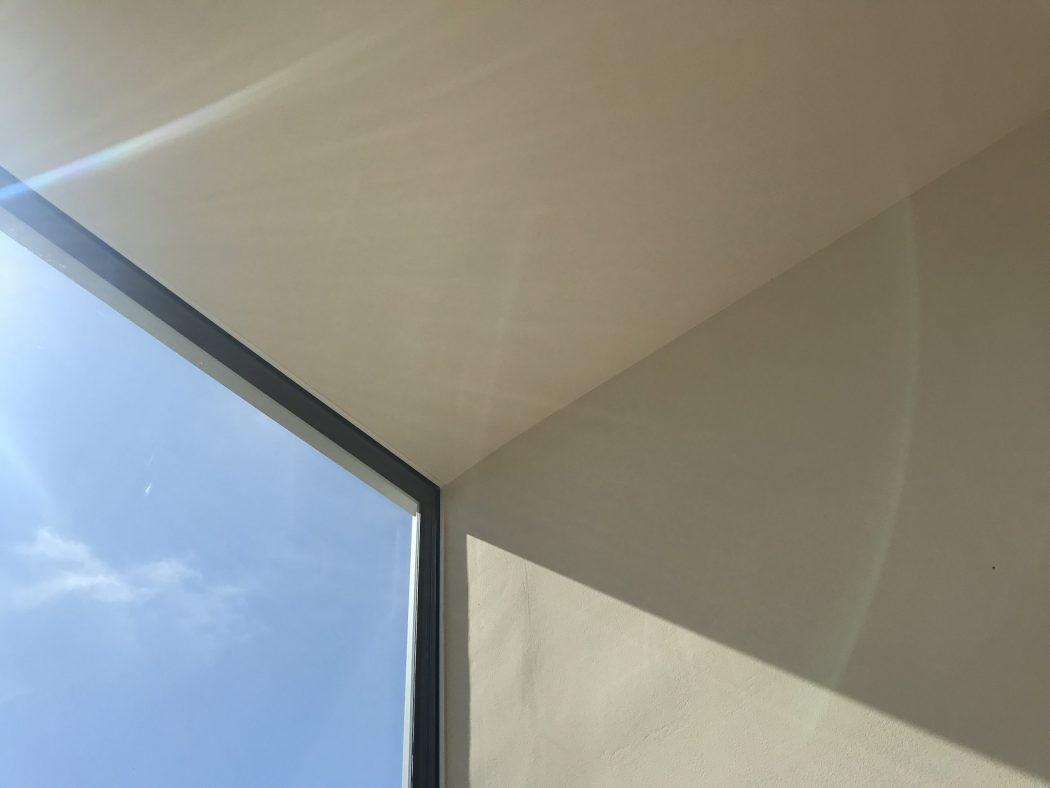 【秘訣】『サッシ枠の断熱強化』と『FIX窓のメリット』心と体の心地良さを。